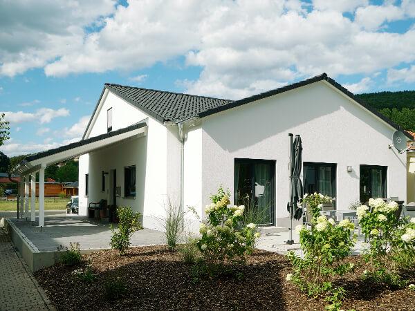 Schlüsselfertig Bauen, Außenanlagen, Herrmann Bau, Industriestraße 17 in Mainleus bei Kulmbach, Nähe Bayreuth
